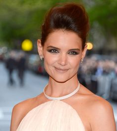 Makeup We Love: Katie Holmes's gorgeous smoky eye shadow at the Met Gala.    5 ways to add a dash of punk to your beauty look: http://blog.womenshealthmag.com/beauty-style-buzz/met-gala/