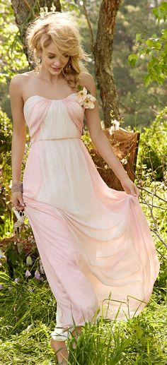 Soft sweetheart neckline, gathered bodice and belted at the waist, blush pink and white