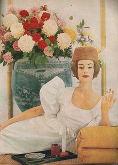 Ruth Neuman Derujinsky, April Harper's Bazaar 1959