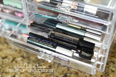 Tips on keeping your Make up organized via A Bowl Full of Lemons #makeuporganization