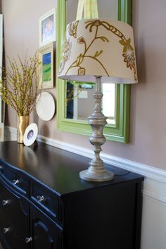 Thrifty Decor Chick: Goodwill lamp