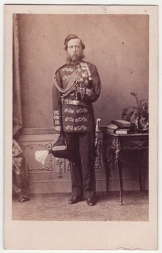 CDV_A carte-de-visite portrait of Colonel John Alexander Ewart of the 78th Highlanders, a veteran of the Crimean Campaign and the Indian The 'The Mutiny'. On 1 December 1857, Cawnpore India - a cannonball took left arm - died 18/6/1904