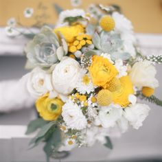 White and Yellow Bridal Bouquet | Lisa Davies | Becky Ravenberg | TheKnot.com