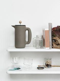 Push coffee maker by Muuto
