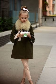 Ultra chic little lady. Gina Kim Photography www.minimoda.es #estella #designer #kids #fashion