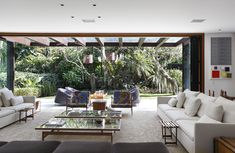 """""""The indoor space connects with the outdoor... there is visual room to breathe, to see. There's space to enjoy the art, distance to appreciate the gardens. >> thecoolhunter.net"""