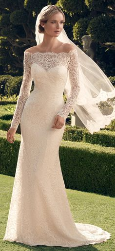 A lace moment by Casablanca Bridal Fall 2014 | bellethemagazine.com
