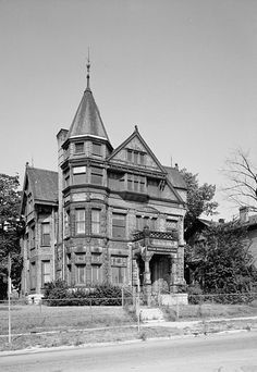 Alfred Uihlein House, Milwaukee Wisconsin  Built: 1887  Status: Demolished  Demolished: 1970  Architect: Henry C. Koch and Co.