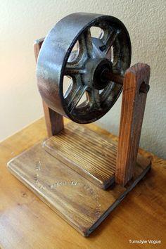 Caster wheel display