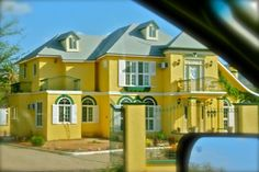 Yellow house! goo.gl/33uo5 uniqu hous, yellowhousemexicojpg 500333, big yellow, color hous, yellow houses