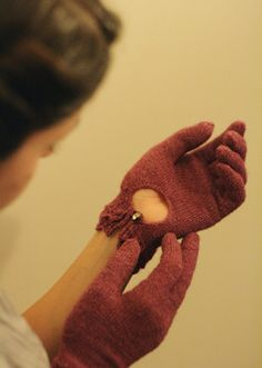Joan Crawford Gloves: Sweet, feminine design.