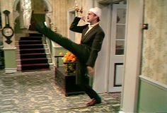 Fawlty Towers- John Cleese goosestepping