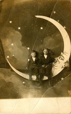 paper moon vintage postcards, vintage paper, vintage ephemera, vintage photos, paper moon, old postcards, shabby vintage, photo booth, moon pictures