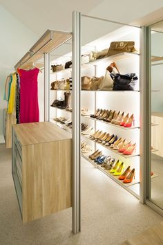 Stylish And Trendy Walk In Closet Designs | Decozilla