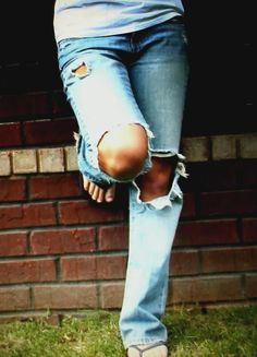 jeans with holes... <3