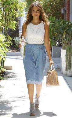celebrity #fashion http://www.cefashion.net/celebrity-street-style-in-august/ #jessicaalba