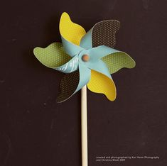 Bump Smitten: DIY Shower: Playful Pinwheels