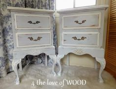 4 the love of wood: ONLY ONE COAT OF ANNIE SLOAN - french nightstands