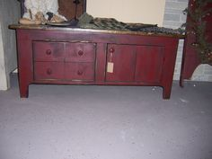 Cranberry Sturbridge Coffee Table