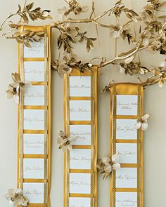 Golden Seating Card Display