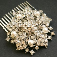 Victorian Pearl and Rhinestone Hair Comb.