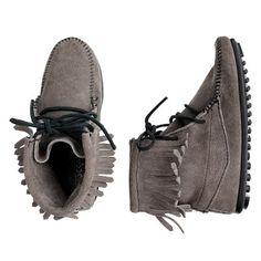 minnetonka tramper, tramper boot, babi, jcrew, fashion looks, moccasin, girls shoes, boots, kid