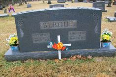 Western Kentucky Genealogy Blog: Tombstone Tuesday - Elmer & Louella Bebout #genealogy #familyhistory