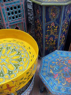 colorful moroccan tables.