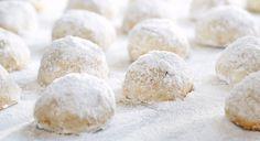 Diamond Walnut Cookie Balls Recipe #DiamondFantasy http://www.diamondnutfantasies.com/