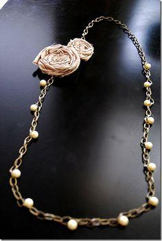 cute DIY necklace!