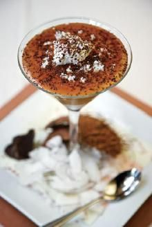 Caramel-tini salt karamel, salt caramel, caramel martini, cocktail recipes, little italy, drink, martini recipes, chocolate cakes, whipped cream