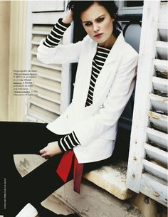 Stripes, black, white, red, navy... all that Lala loves  Grazia Italia May 2012 | Fascino Navy