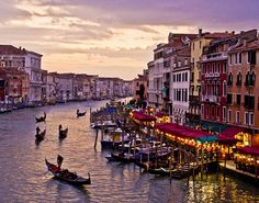 I want to go to Venice so bad.