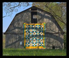 barn quilt by suzi parron.  Phil, get your paint brushes out!