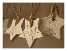 10 snowflake ornaments white and pearl porcelain by LaNiqueHOME, €35.00