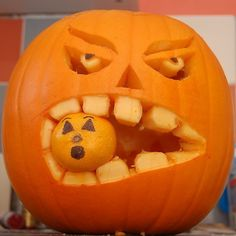 I want to do this pumpkin next year!!!  (Thanks Jane!)