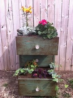 little dresser into a planter box garden planters, garden ideas, old drawers, old dressers, dresser drawers, plant containers, small space gardening, chest of drawers, planter boxes