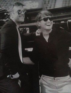 Mark Owen and Robbie Williams <3<3 - I don't even want the boys, I want them to want each other :D