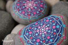 Nueve Pinceladas: Pintando Piedras