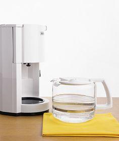 vinegar as coffeemaker cleaner