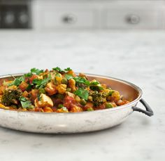 // Tomato vegetable curry