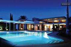 The Frank Sinatra Twin Palms Estate, Palm Springs