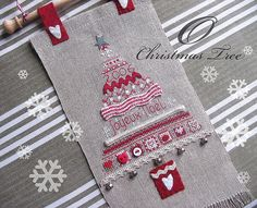 O Christmas Tree by petits détails, via Flickr