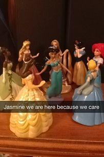 intervent, princess jasmine, snapchat princess, laugh, disney test, snapchat stori, disney princesses, hilari, funni meme