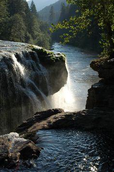 isawatree:    Evening Falls by ~BeckaMarr