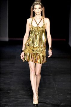 Gold - from Spring Summer 2012 collections. Click on the photo to see Vogue Italia's choices.