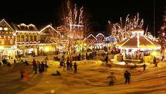 Leavenworth, WA. Bavarian Village during Christmas. favorit place, christmas time, washington state, lighting, snow, places, homes, leavenworth, christmas trees