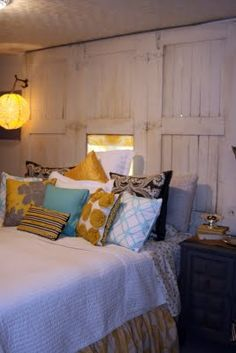 color schemes, color combos, barn doors, basement bedrooms, accent pillows, life style, door headboards, color combinations, guest rooms