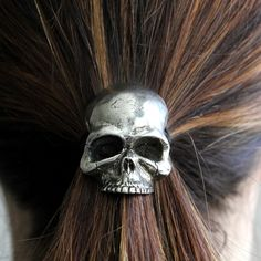 skulls, hair clips, ponies, hair pieces, silver, hair ties, hair accessories, pony tails, skull hair