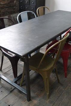 Table ou bureau metal industriel des annees 40 militaire